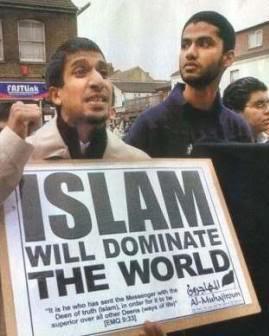 """""""El islam dominará el mundo"""". Una imagen vale más que mil palabras. Manifestación islamista en el Reino Unido."""